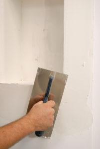 Экспертиза подготовки поверхностей стен и потолков